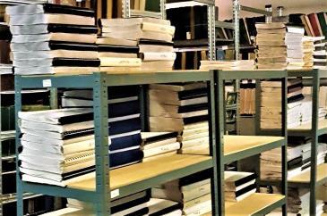 Braille könyvtár salgó polcokon 2