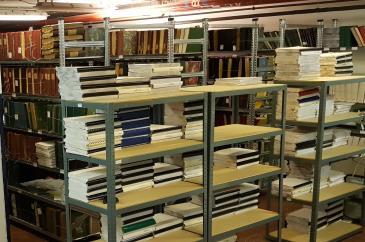 Braille könyvtár salgópolcokon 1